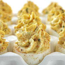 bacon-and-cheddar-deviled-eggs-lg